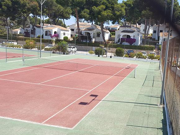 Pistas de Tenis en Jávea - Pista de Frontón en Jávea